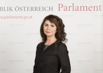 Parlamentsdirektion/PHOTO SIMONIS
